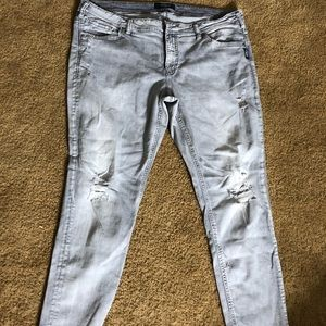 Silver gray cropped jeans. Size 20